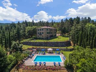 Perfect 6 bedroom House in Monterchi with Private Outdoor Pool - Monterchi vacation rentals