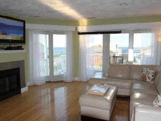 August 29 reduced price $ 2950 .. Hurry won't last - Seabrook vacation rentals