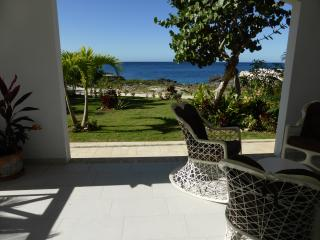 BAYAHIBE- DOMINICUS- MARINA,  VILLA DIREKT AM MEER - Bayahibe vacation rentals
