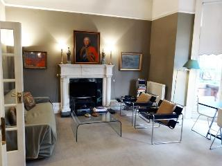 LSS4 - Spacious apartment in fine Chelsea location - London vacation rentals
