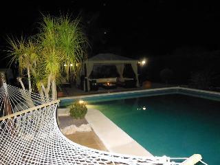 Suite mit großem Bad/Außenküche - La Marina vacation rentals