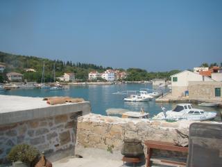 Island Sea Side Retreat (2/8 people) - Prvic Luka vacation rentals
