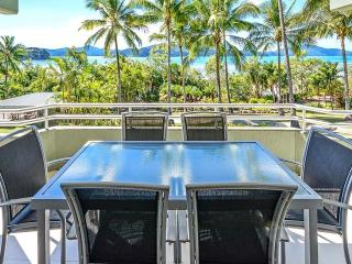 Gorgeous 2 bedroom Condo in Hamilton Island - Hamilton Island vacation rentals