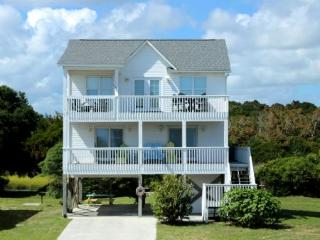 Cozy 3 bedroom House in Oak Island - Oak Island vacation rentals