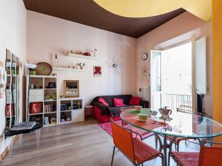 Colorato appartamento in centro - Pontedera vacation rentals