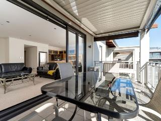 Auckland Viaduct Airconditioned Apartment 2 Bedrooms, 2 Bathrooms,  Carpark - Auckland vacation rentals