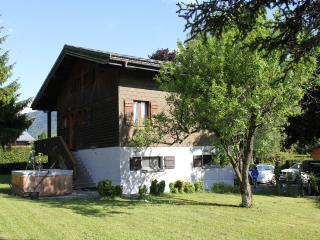 Beautiful detached chalet in superb location - Verchaix vacation rentals