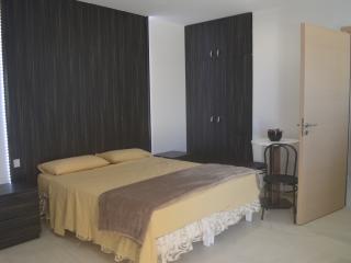 Estrella Lodging 2D - Rabat vacation rentals