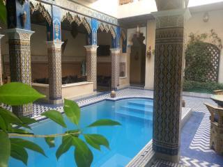 Chambre jaune 3 personnes Riad Puchka Marrakech - Marrakech vacation rentals