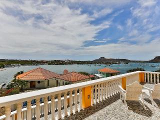 Luxurious Villa Bel Air with amazing bay view - Willemstad vacation rentals