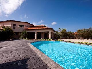 Villa Kas Paraiso - With terraces and a private pool in Sabalpalm Villas - Kralendijk vacation rentals