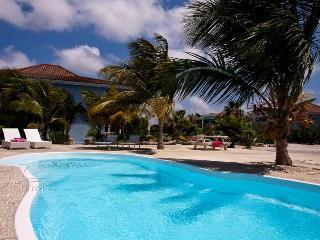 Ocean Breeze resort - Waterfront apartment Ocean Blue - Kralendijk vacation rentals