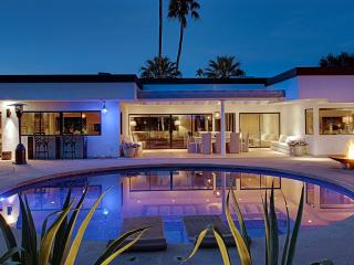 Villa is Relaxed Luxury an Oasis of Divine Energy - Palm Springs vacation rentals