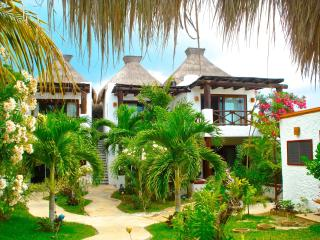 Beautiful Villa with Deck and Internet Access - Holbox Island vacation rentals