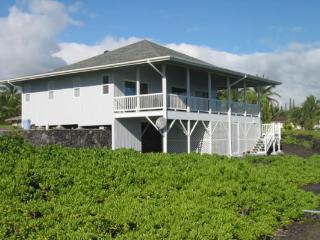 Perfect House with Internet Access and Dishwasher - Pahoa vacation rentals