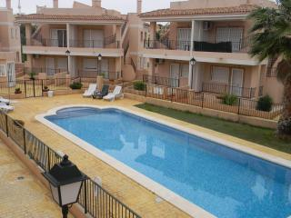 2 bedroom Apartment with Shared Outdoor Pool in Algorfa - Algorfa vacation rentals