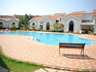 Perfect Condo with Towels Provided and Satellite Or Cable TV - Anjuna vacation rentals