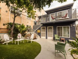 Venice Walkstreet Studio1 minute to Sand (Monthly) - Los Angeles vacation rentals