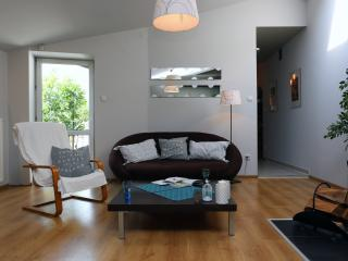 ★  Stylized Living for 4 In Square - Krakow vacation rentals