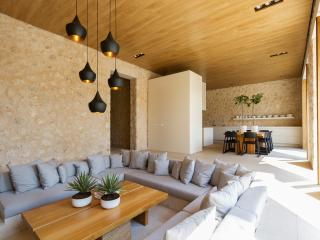 Casa Lluna - fantastic and stylish villa great for large families or cyclists - Campanet vacation rentals
