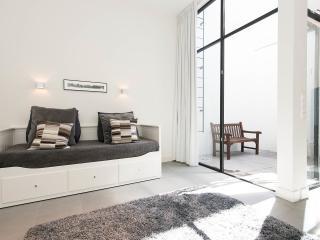 Luxury new apartment 150 metres from Rijksmuseum - Amsterdam vacation rentals