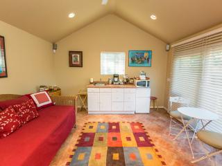 Guest House in Ladera - Inglewood vacation rentals