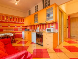 Casa del Sole:JACUZZI,FREE WIF - Budapest vacation rentals