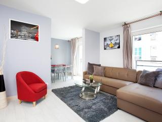 EXCEPTIONNAL - Marais Bastille , 3BR/3BA, 6 guests - Paris vacation rentals