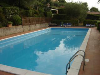 3-Lago di Garda - Residence con piscina - Soiano Del Lago vacation rentals