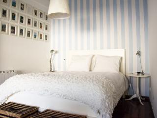 Let'sGo Porto -Stunning ap.- Espinho Beach - Porto - Espinho vacation rentals