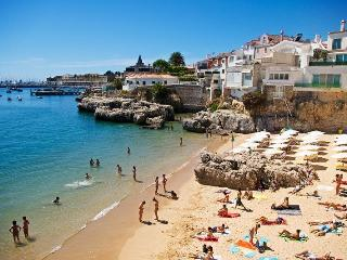 T2 with Pateo in Cascais - Cascais vacation rentals