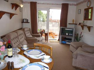 Holly - Lets Self Catering Holiday Apart' 9 - Paignton vacation rentals