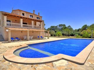"Amazing Finca near Sineu ""Endless Views"" - Llubi vacation rentals"