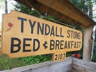 1 bedroom Bed and Breakfast with Television in Thunder Bay - Thunder Bay vacation rentals