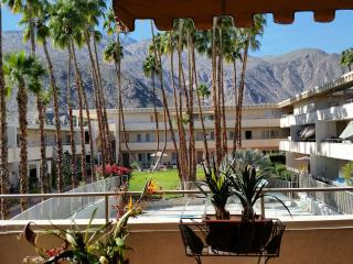 Affordable comfort, Location/location! Fab views - Palm Springs vacation rentals
