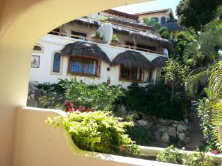 Romantic 1 bedroom Apartment in Sayulita with Deck - Sayulita vacation rentals