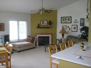 Treetop Condo on Geneva National Golf Course - Lake Geneva vacation rentals