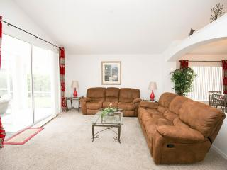 Disney Magic 4 bed villa pool/spa near Disneyworld - Orlando vacation rentals