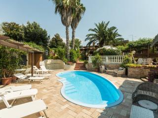 Suite Pesco - Rome vacation rentals