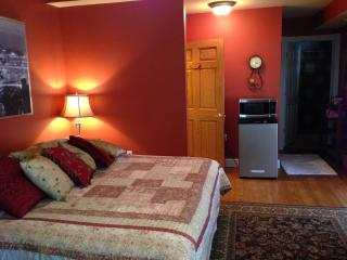 Red Room (Private suite) - Champion vacation rentals