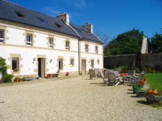 Economic ! Luxury large cottage, on Cap-Sizun,15 p - Cleden-Cap-Sizun vacation rentals