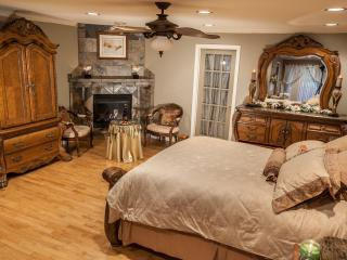 4 bedroom B&B with Internet Access in McGregor - McGregor vacation rentals