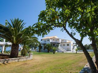 Corfu Sea Palm Residence  Appartement Coconut - Corfu vacation rentals