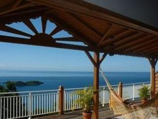 Cozy 1 bedroom Bouillante Gite with Internet Access - Bouillante vacation rentals