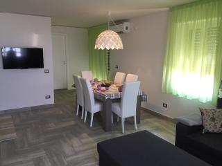 SunSea Taormina apt - Calatabiano vacation rentals