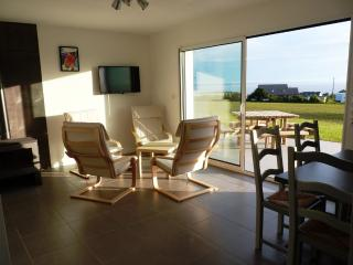 3 bedroom Gite with Internet Access in Telgruc-sur-Mer - Telgruc-sur-Mer vacation rentals