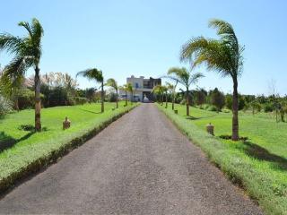 VILLA DE LUXE SUR 1 H  À PROXIMITÉ DE CASABLANCA - Casablanca vacation rentals