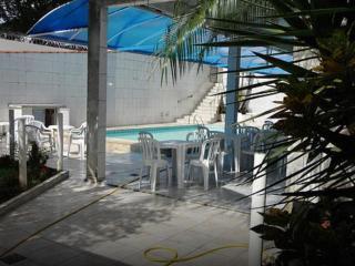 Casa com piscina - Santos vacation rentals