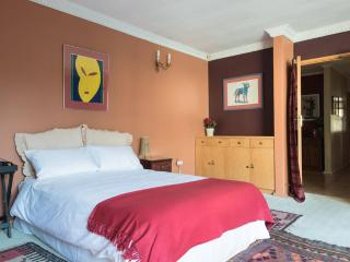 1 bedroom Private room with Internet Access in Sandton - Sandton vacation rentals