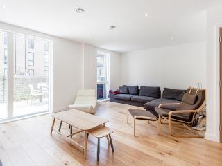 Modern Apart, DoubleRoom, Bermondsey- Tower Bridge - London vacation rentals
